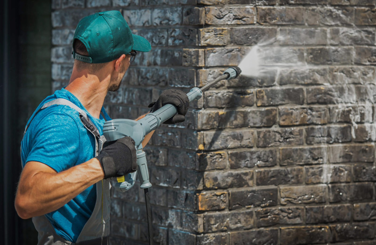 Why Power Washing is Important for Homes in Bergen County NJ